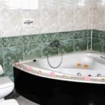 Jacuzzi-del-Hotel-Agur