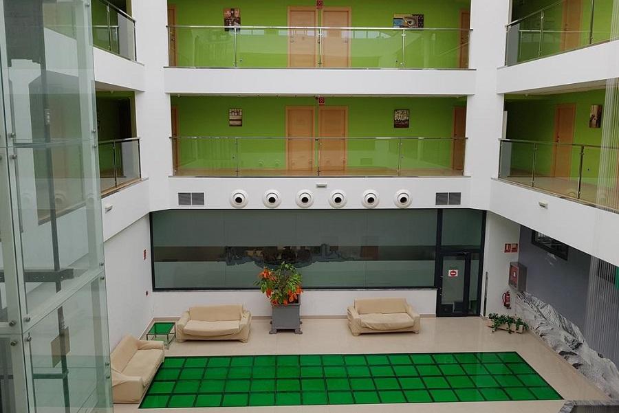 Disfruta de suite con jacuzzi en este centrico hotel en la ciudad de Corella en Navarra